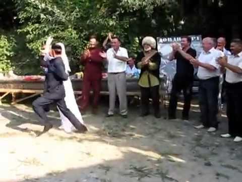 Чеченский танец. Дикалу Музакаев.