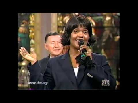 Natalie Cole CeCe Winans Live/ Lord I'm Available To You!