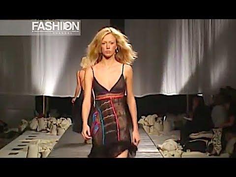 ICEBERG Spring Summer 2003 Milan- Fashion Channel