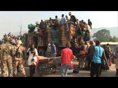 Chadians in the Central African try to flee