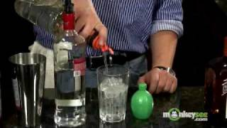 Vodka Drinks - How To Make A Cosmopolitan