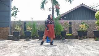 Jiyeon T-ara ( 지연 티아라) lullbay dance cover by Dita two siste…