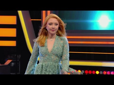 İrem Derici ile Eğlenmene Bak - Ece Seçkin yeni şarkısı Sayın Seyirciler'i ilk kez söyledi!