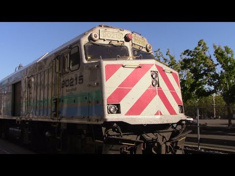 Railfanning Oakland Jack London Square 7/27/17 - Tons of Surprises!