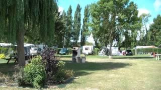 2)  Camping