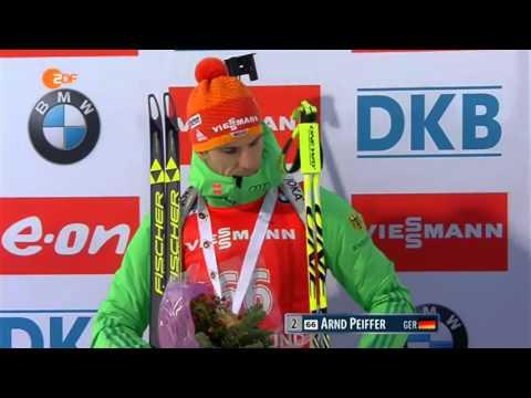 Biathlon. Östersund-2015.  men`s sprint flower ceremony
