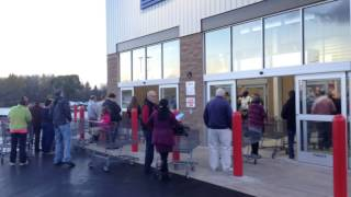 Opening day at Costco in Camillus