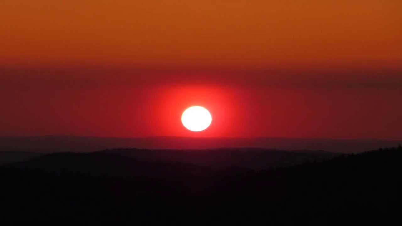 Rothenbachkopf vid o 3 coucher de soleil rouge de feu - Soleil rouge aubagne ...