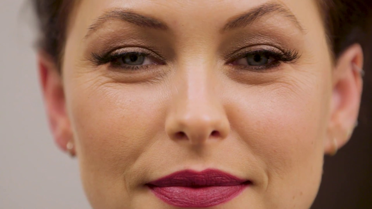 a8d760ef055 How To Get Ready Carpet Ready - Makeup Tutorial With Emma Willis. Eylure  Official