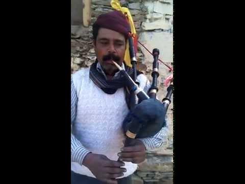 Famous Garhwali khuded song 'Na Basa Ghughuti' on Masak been (Bagpipe)