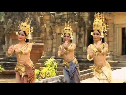 អប្សរាល្ខោនព្រះរាជទ្រព្យ Beautiful Apsara Royal Dancers in Angkor Wat (Cambodia)