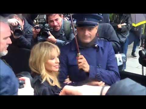 Kylie MINOGUE @ Paris Fashion Week 22 january 2018 show Schiaparelli #PFW janvier