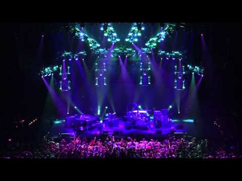 Phish - SF Giants Moma Dance~We Are The Champions~Moma Dance - 10/29/14 - BGCA
