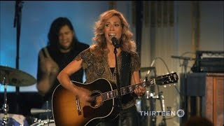 """Sheryl Crow - """"Picture"""" / """"If It Makes You Happy"""" / """"Callin' Me When I'm Lonely"""" (LIVE Artist's Den)"""