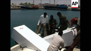 US Navy hands over bodies of three Somali pirates
