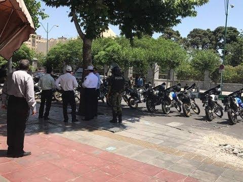 الشرطة الإيرانية تغلق مئات المقاهي بسبب الموسيقى  - 11:54-2019 / 6 / 9