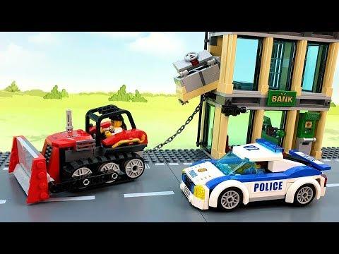 Полицейская машина Бульдозер