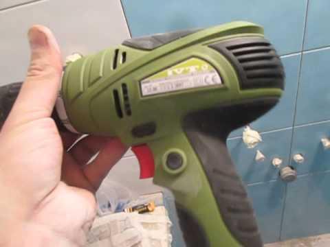 Как правильно сверлить бетонную стену дрелью