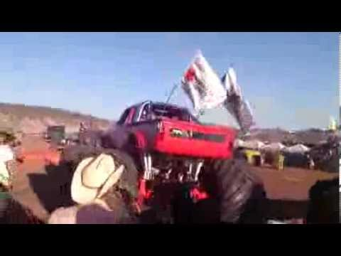 Accidente Monster Truck AeroShow De Chihuahua' 2013 (HD VIDEO) Videos De Viajes