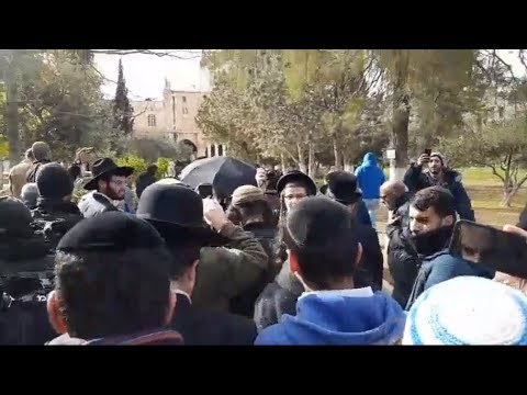 Rosh Chodesh Shevat 5778: Jews Ascend Temple Mount,  Muslims Pick a Fight