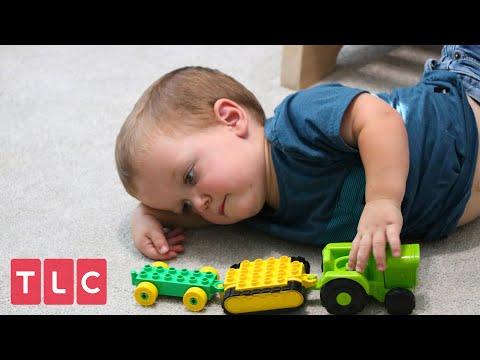 Jackson May Need Leg Surgery | Little People Big World