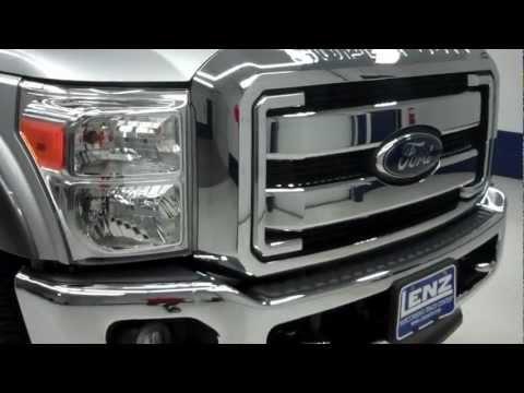 J5428 2012 Ford F-250 Super Duty CREW-SHORT-LARIAT-6.7L DIESEL-4WD-FX4 www.LENZAUTO.com $50,997