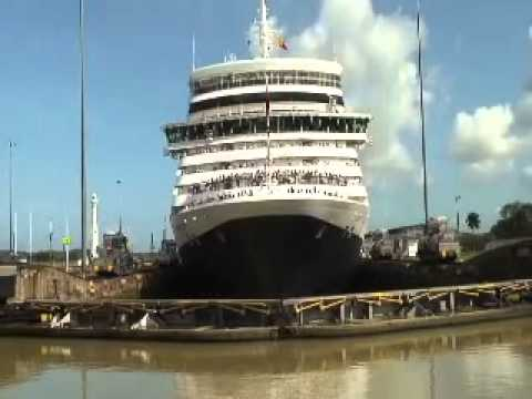 Cunard - Queen Elizabeth Transits the Panama Canal