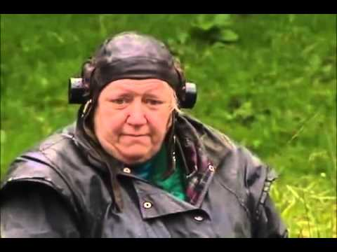 Two Fat Ladies S04E03 Timber!