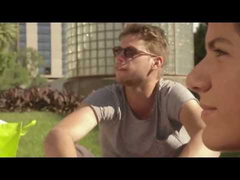 CATÓLICA-LISBON's student stories - Get to know Julian and Max