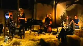 Elske de Walle  -  Dance Me to the End of Love  -  3.58 min..wmv