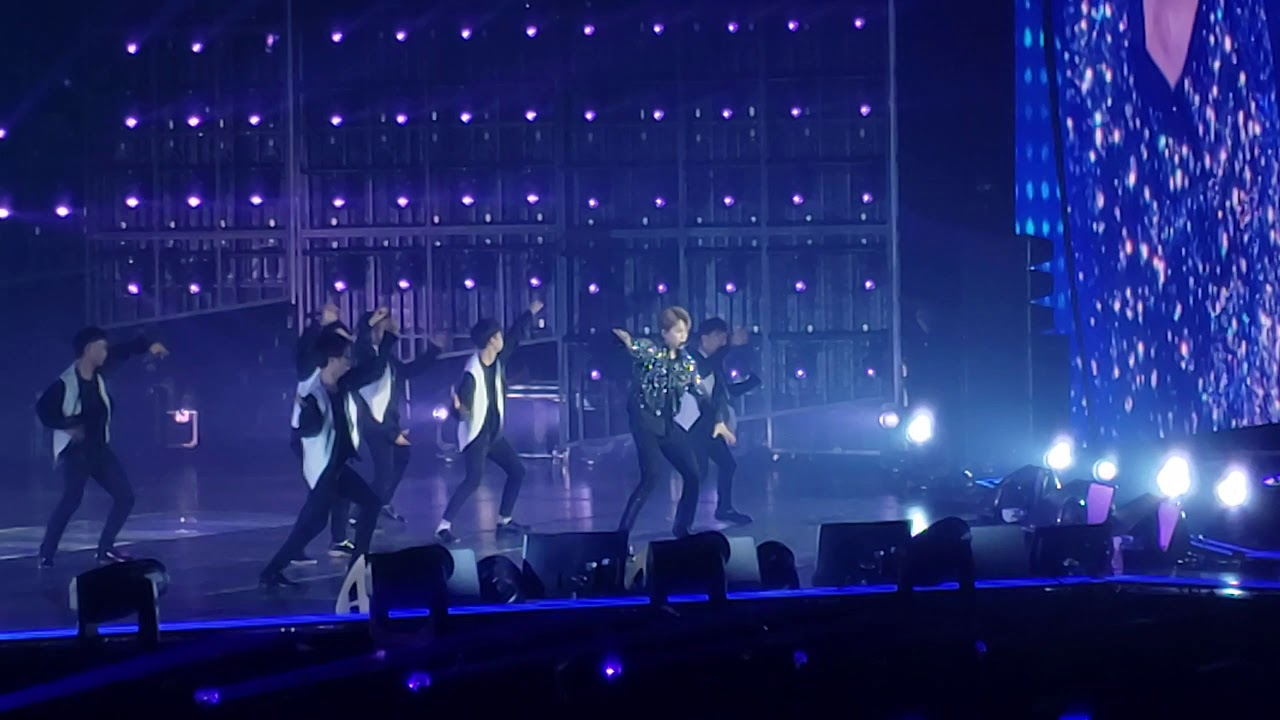 Download 방탄소년단 BTS Jimin - Serendipity Fancam Fort Worth Love