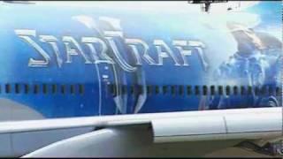 大韓航空與《星海爭霸II》合作塗製形象飛機影片 - Mobile01