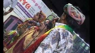 Gujarati Garba Song Navratri Live 2011 - Lions Club Kalol - Ratansinh Vaghela - Day -5 Part -21