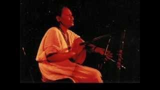 "Asnakech Worku singing ""Ende Jerusalem"", playing the Krar (Lyre) from Ethiopia"
