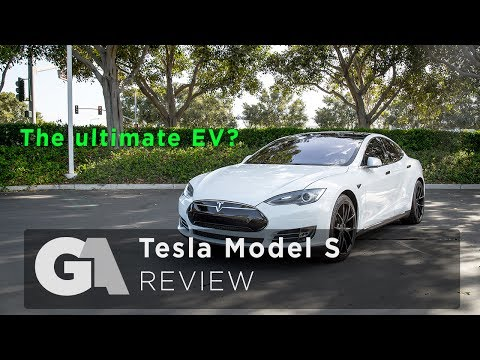 REVIEW - TESLA MODEL S - Long Term Owners Review - Including Autobahn Test