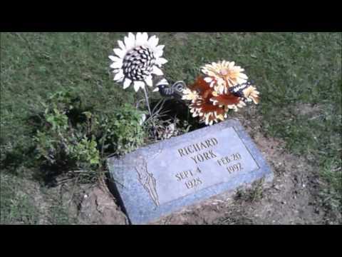 Dick York Gravesite