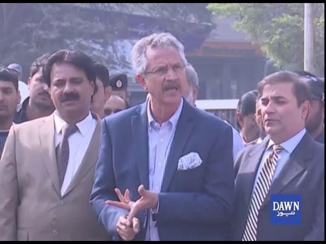 Ghar Tornay ka mandate nahi na kisi ko tornay dengay, Mayor Karachi Waseem Akhter