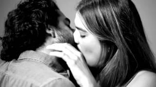 20 первых поцелуев