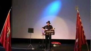 """Stefan Ström sjunger """"Norrländsk Frigörelsemarsch"""" Samt """"Balladen om Joe Hill."""""""