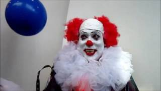 Comic Con San Diego 2016 It - pennywise the dancing clown for TRUMP 2016. Liberals flow down here