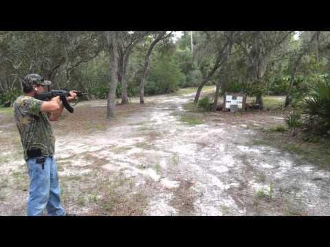 MAK-90 FULL AUTO AK-47 VS Cinderblocks (40 round)