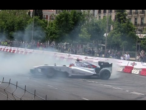 F1 car on the streets of Madrid