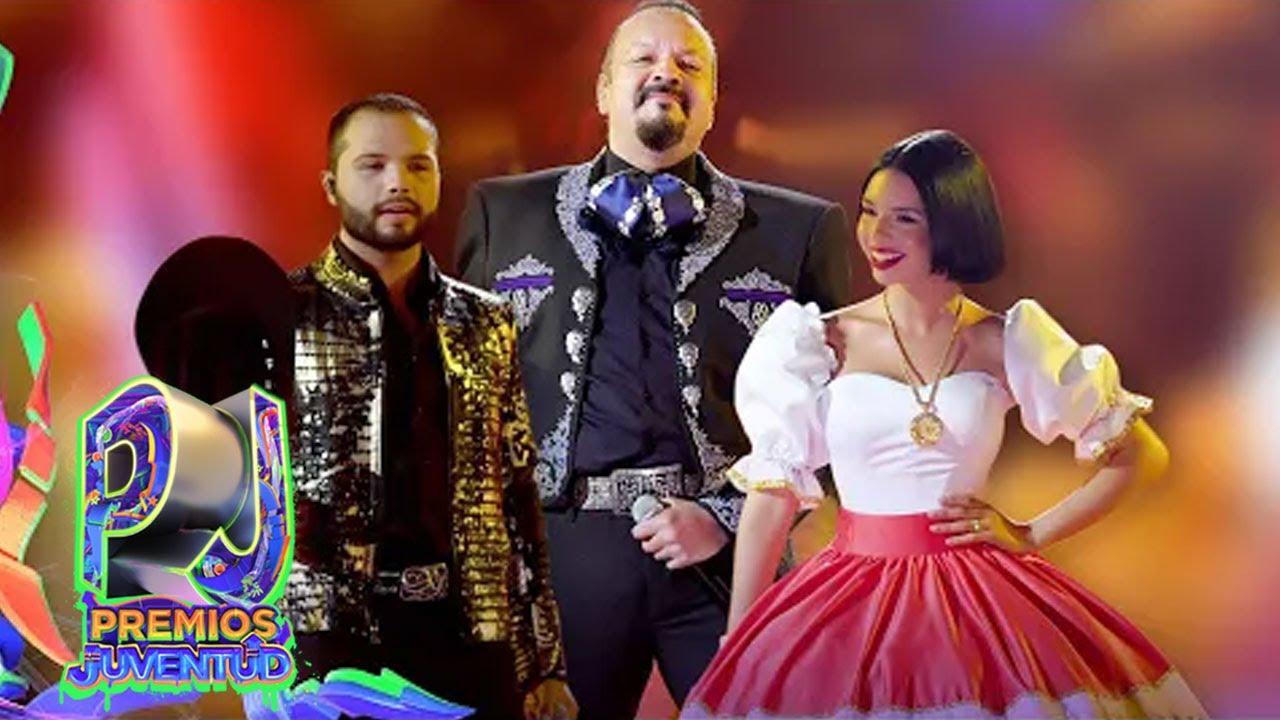 Download El momento inolvidable: Pepe, Ángela y Leonardo Aguilar juntan sus voces en Premios Juventud