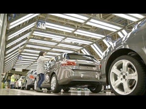 Ευρωζώνη: «κολλημένη» η βιομηχανία, «βουτιά» στην Ιρλανδία - economy