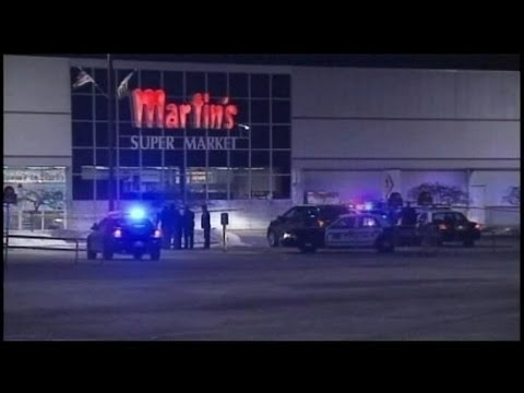 Indiana Supermarket Shooting 2 Dead At Martin S Super Market In Elkhart