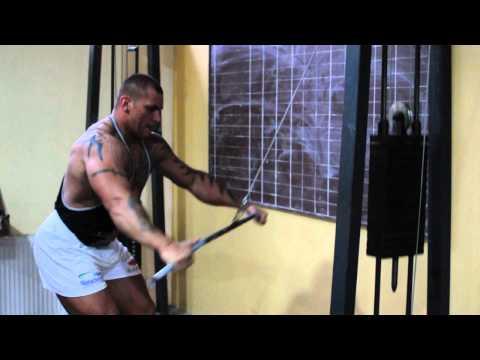 Mateusz Baron StrongMan - Trening pleców na Bramie