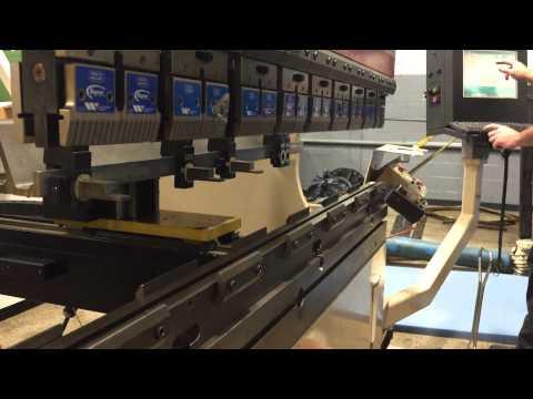 Cincinnati Inc CNC Hydraulic Press Brake 60 AF X 4 New 2003 60 Ton