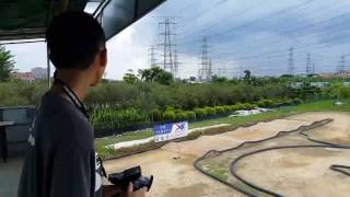 Jonathan Yeung 1/10 4WD E-Buggy test drive at XMG V3.1 track 2017 Jul 15