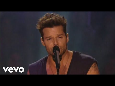 """Ricky Martin - Tu Recuerdo ft. La Mari de """"Chambao"""""""