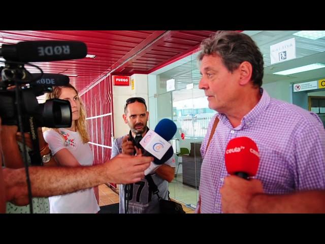 Emilio Carreira atiende a los medios